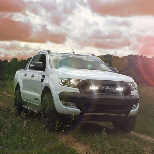 Lazer extraljus och monteringskit för Ford Ranger - Triple-R 750 Elite